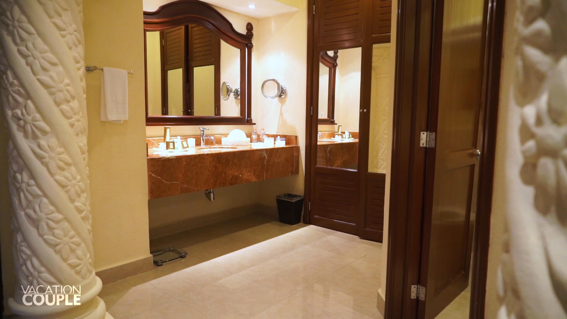 The Royal Playa del carmen room tour, bathroom , amenities, batroom view, vanity, vanity view, sink, mirror, closet. space