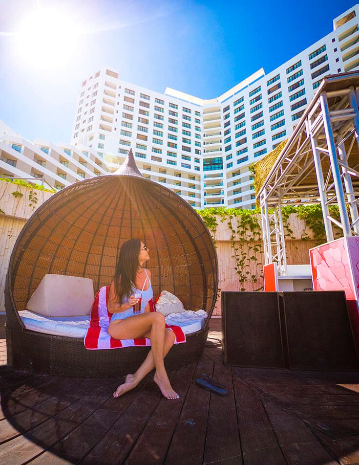 Melody Maker Cancun The Delirio Day Club Beach Wicker