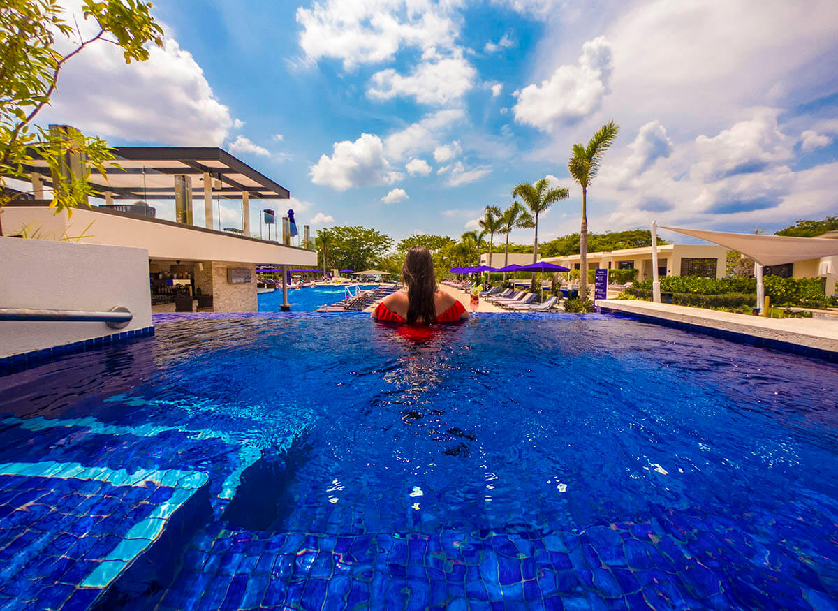 planet-hollywood-beach-resort-costa-rica-review-cabana-infinity-view-main-pool