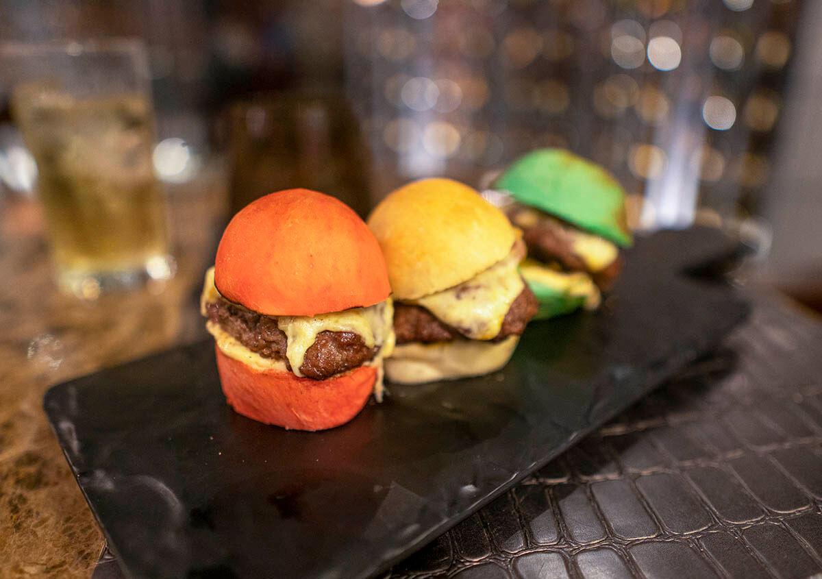 planet-hollywood-beach-resort-costa-rica-burger-mini-sliders