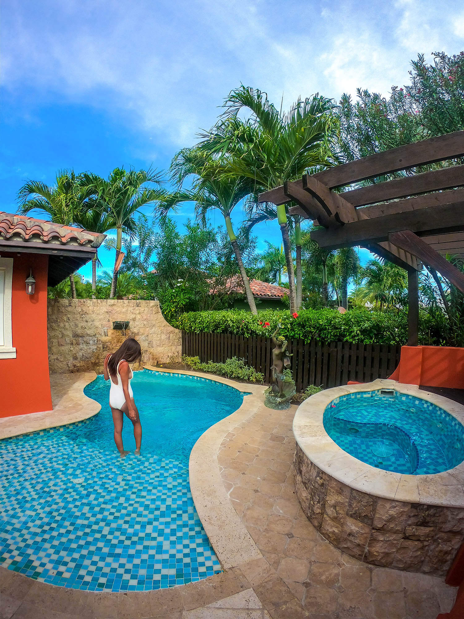 Newlywed Couples Massage - The Gardens at Sandals Grande